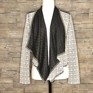 Tribal Jeans grey and off-white cardigan